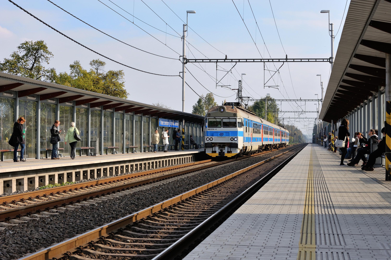 Vlaková zastávka Třinec centrum 001